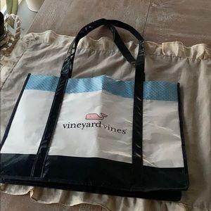 Vineyard Vines bag